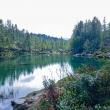 Ragazzi al Lago delle Streghe a Crampiolo presso l'Alpe Devero, Piemonte