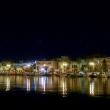 Vista notturna della costa a Kos, Grecia