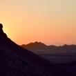 Tramonto dalle torri del silenzio a Yazd, Iran