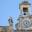 Campanile con statue nel centro storico, Matera