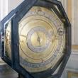 Orologio presso i Musei Vaticani, Città del Vaticano