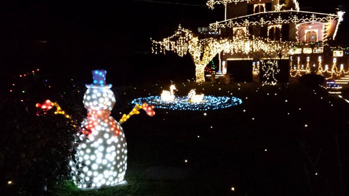 Leggiuno luci e magia del natale arrivi - Luci di emergenza casa ...