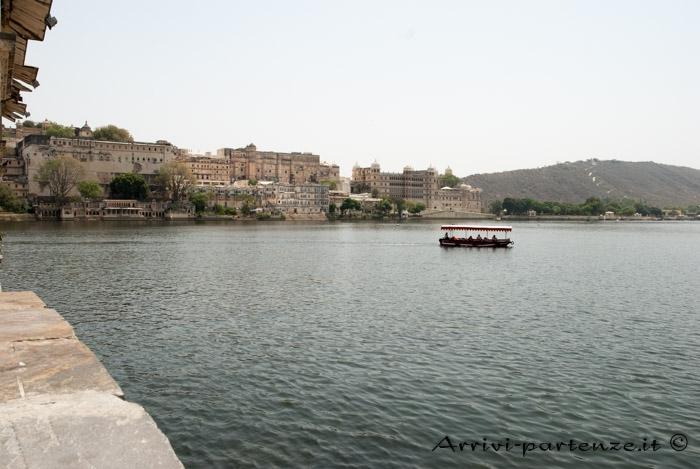 Udaipur, cosa vedere e dove dormire: il lago Pichola