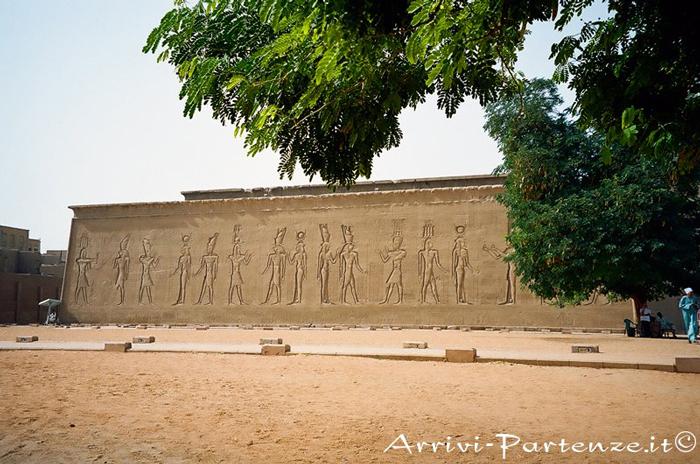 I Colossi di Memnone, il Tempio di Hatshepsut, Esna ed Edfu