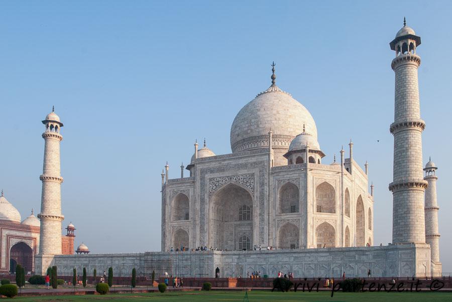 Agra, cosa vedere e dove dormire: Taj Mahal