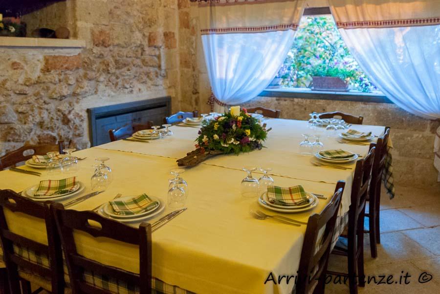 Sala all'interno della Masseria Le Stanzie di Supersano, Puglia