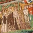 Mosaico di Teodora e le sue dame presso la Balisica di San Vitale, Ravenna