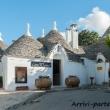 Negozio di souvenir nei trulli ad Alberobello, Puglia