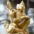 Presso la Pagoda in teak, Mandalay
