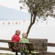 Coppia nei pressi del lungolago di Riva del Garda, Trentino - Alto Adige