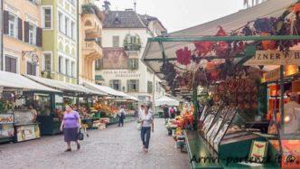 Mercato nel centro storico, Bolzano