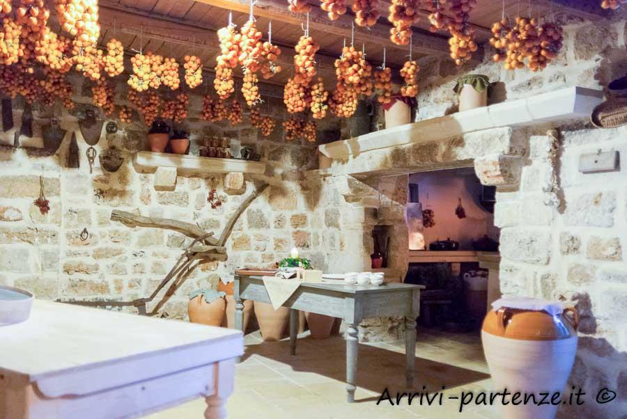 Interno della Masseria Le Stanzie di Supersano, Puglia
