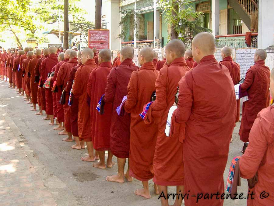 Monaci ad Amarapura, Myanmar
