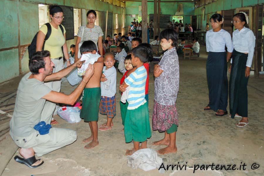 Scuola elementare, Birmania