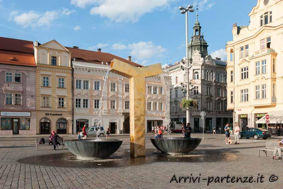 Facciata dei palazzi storici a Pilsen, Repubblica Ceca