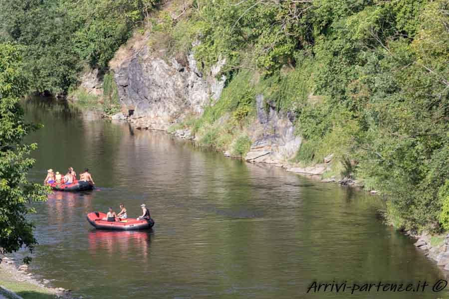 Cayoning sulla Riva del fiume Moldava a Cesky Krumlov, Repubblica Ceca