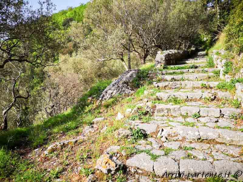Scalinata che collega Pogerola ad Amalfi, Costiera Amalfitana