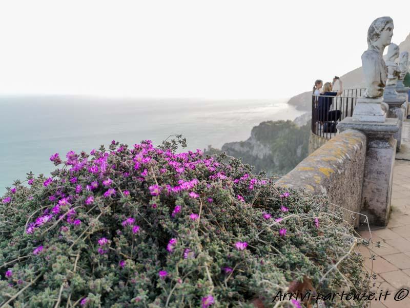 Terrazza dell'Infinito di Villa Cimbrone a Ravello, Costiera Amalfitana