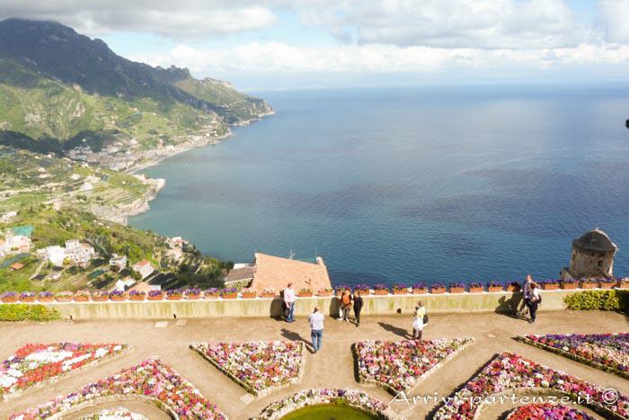 Vista panoramica di Villa Rufolo a Ravello, Costiera Amalfitana