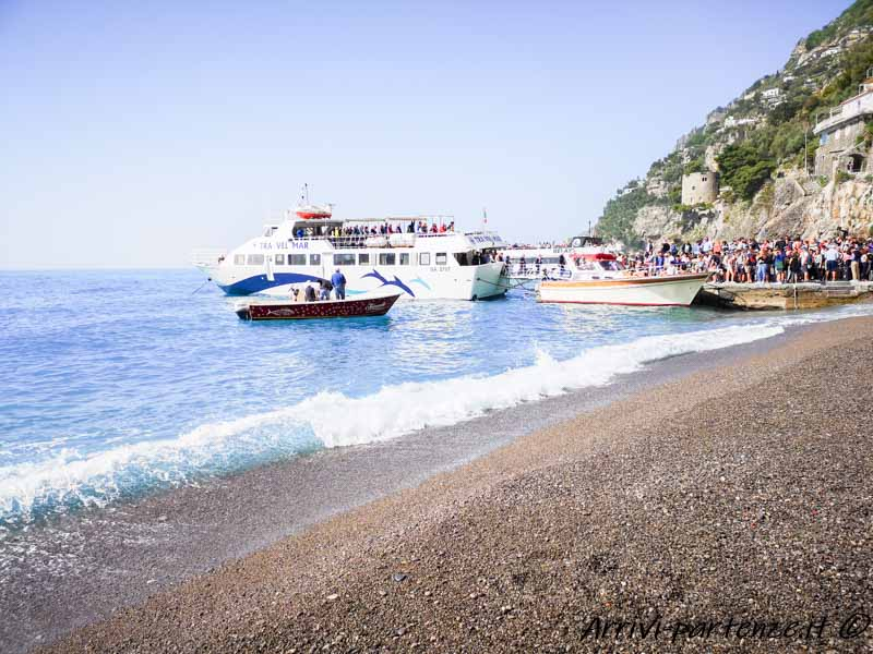 Aliscafo della Travelmar a Positano, Costiera Amalfitana