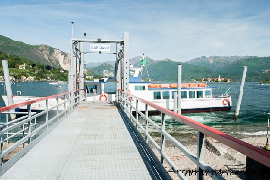 Pontile delle imbarcazioni pubbliche a Stresa, Piemonte
