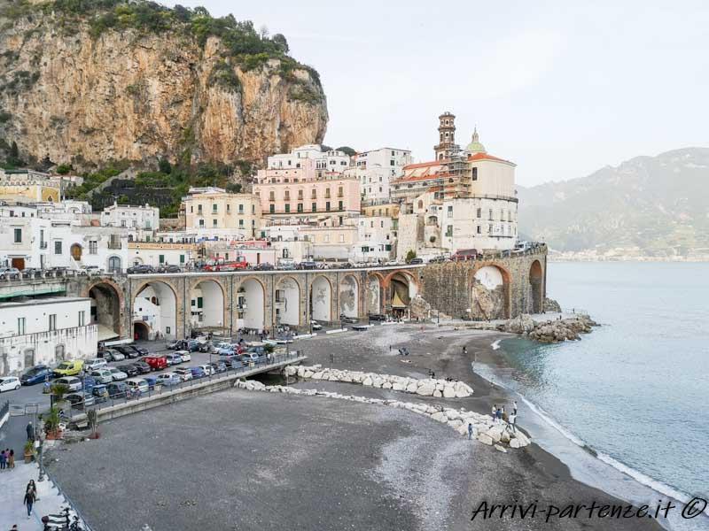 Vista panoramica di Atrani, Costiera Amalfitana