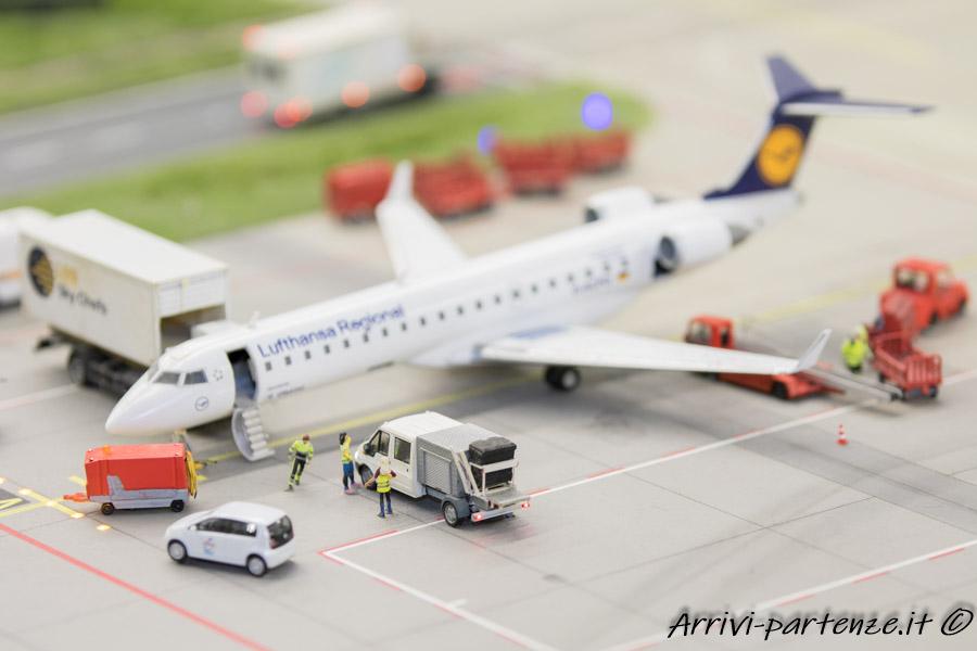 Aereo della Luftansa regional all'aeroporto di knuffingenp presso il Miniatur Wunderland di Amburgo, Germania