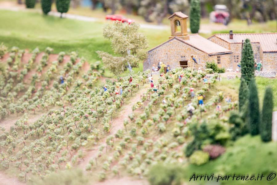 Vitigni nella campagna Toscana presso il Miniatur Wunderland di Amburgo, Germania